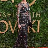 Cheryl Versini Fernandez hat sich für ein durchsichtiges, maßgeschneidertes Kleid von Topshop entschieden.