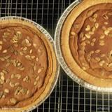 Bei Lily Collins kommt der Kürbiskuchen direkt aus dem Ofen frisch auf den Teller.