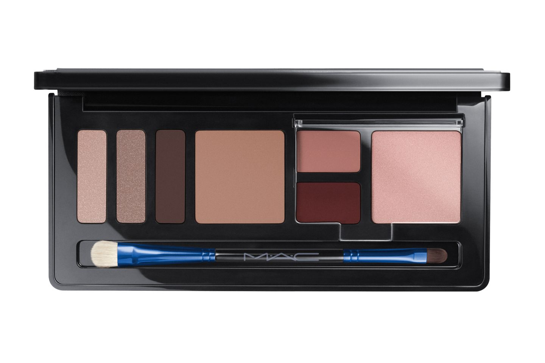 """Enchanted Eve Face Compact – Cool"" von Mac, ca. 55 Euro, limitiert"