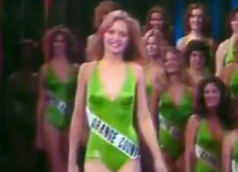 """Als """"Miss Orange County"""" startete sie in den """"Miss California""""-Wettbewerb 1978, wurde dort aber nur sechste und konzentrierte sich dann doch lieber auf ihre Schauspielkarriere. Ein Glück für uns."""