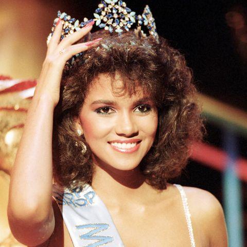 """Und sie konnte die Jury überzeugen: Halle Berry trägt den Titel """"Miss World 1986""""."""