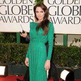 2011:Angelina Jolie in Atelier Versace