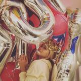 26. November 2015  Queen for a day - das durfte Rita Ora an ihrem 25. Geburtstag sein. Klar, dass da jeder Wunsch in Erfüllung ging und sie mit Geschenken überhäuft wurde wie keine andere.