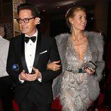"""Dank ihrer männlichen Begleitung kommt Heidi Klum sicher von einer Party zur nächsten. Ganz locker hakt sie sich bei dem """"Desperate Housewives""""-Star Kyle MacLachlan ein."""