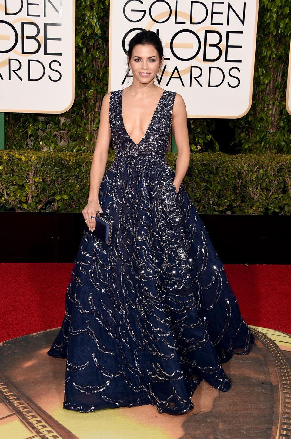 Im absoluten Traumkleid von Zuhair Murad Couture dürfen wir Jenna Dewan-Tatum bewundern.