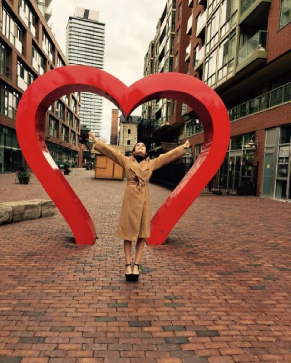 Lily Collins fühlt sich herzlich willkommen in der kanadischen Stadt Toronto.
