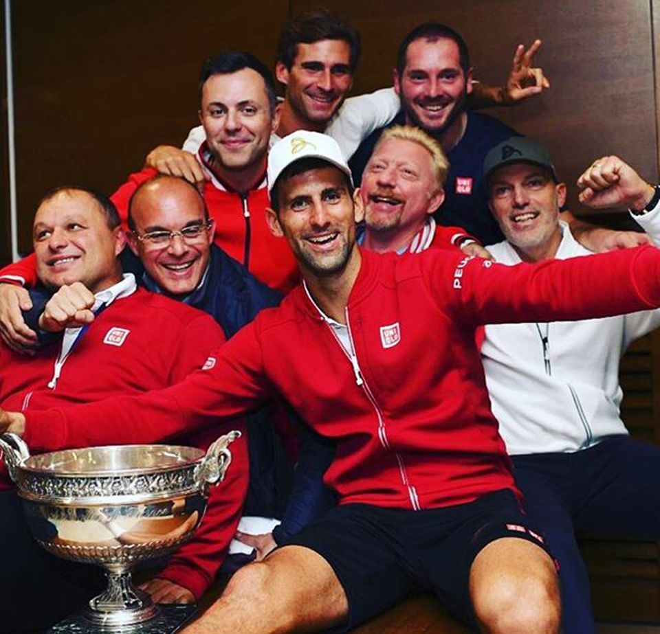 Juni 2016  Stolzer Trainer: Boris Becker freut sich über den French-Open-Sieg seines Schützlings Novak Djokovic.