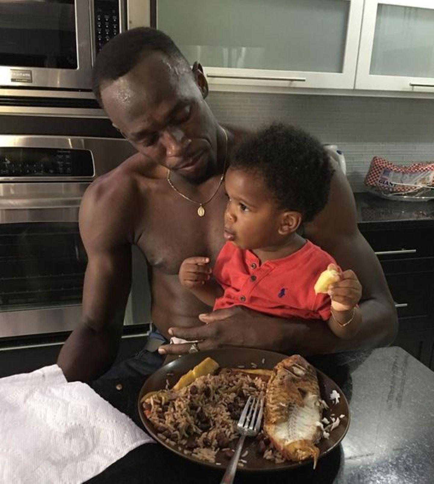 """""""Mein Patenkind hat Essen mitgebracht und es dann doch lieber selber gegessen"""", scherzt der Olympiasieger."""