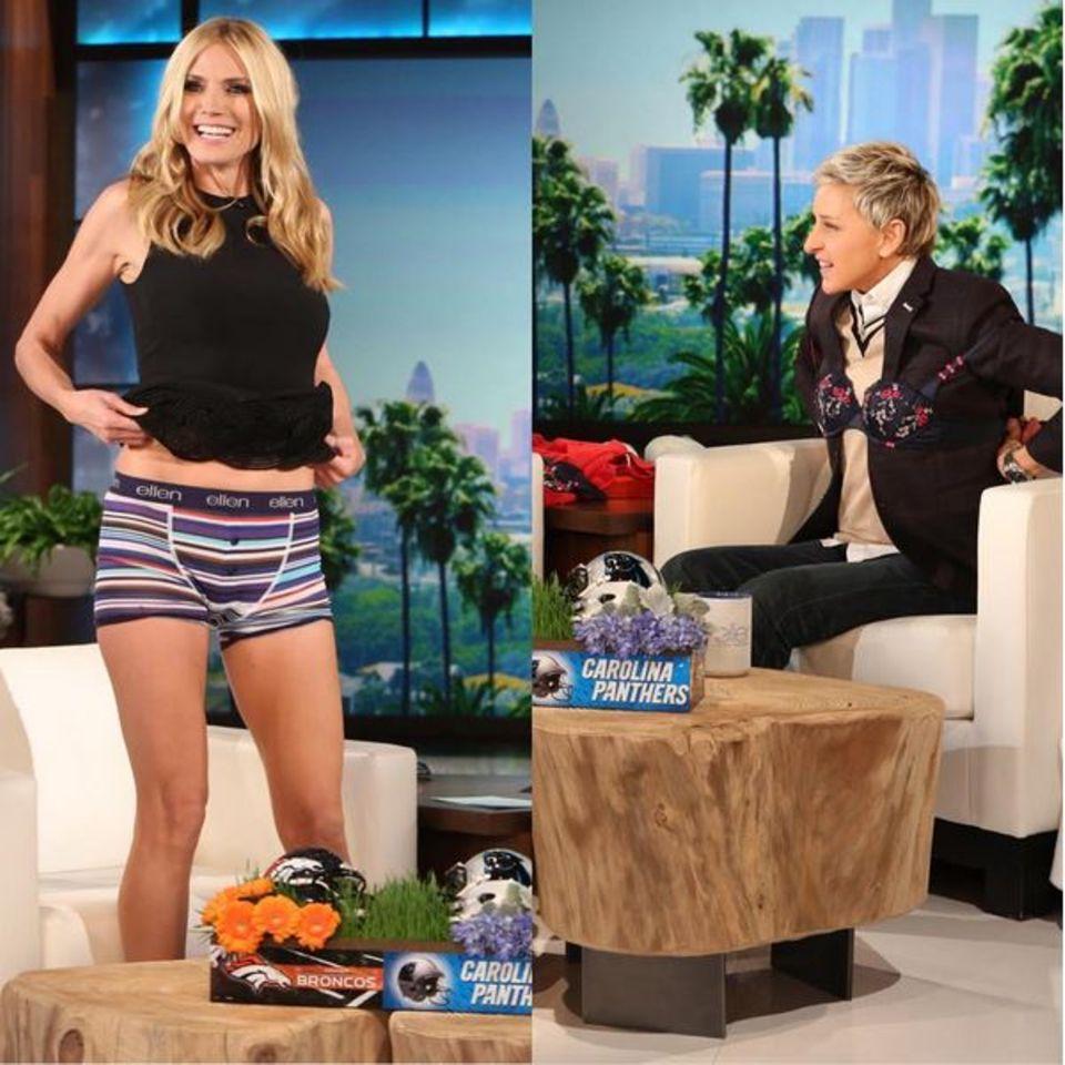 Februar 2016  Unterwäsche-Tausch: Heidi Klum lüftet in der Ellen Show kurzerhand ganz ungeniert ihr kurzes Kleidchen und zeigt die gestreiften Boxershorts, die sie vor Beginn der Show von Ellen als Goodie bekommen hat. Auch Ellen DeGeneres lässt sich nicht lumpen und hält sich daraufhin Heidis BH-Kollektion um die Brust.