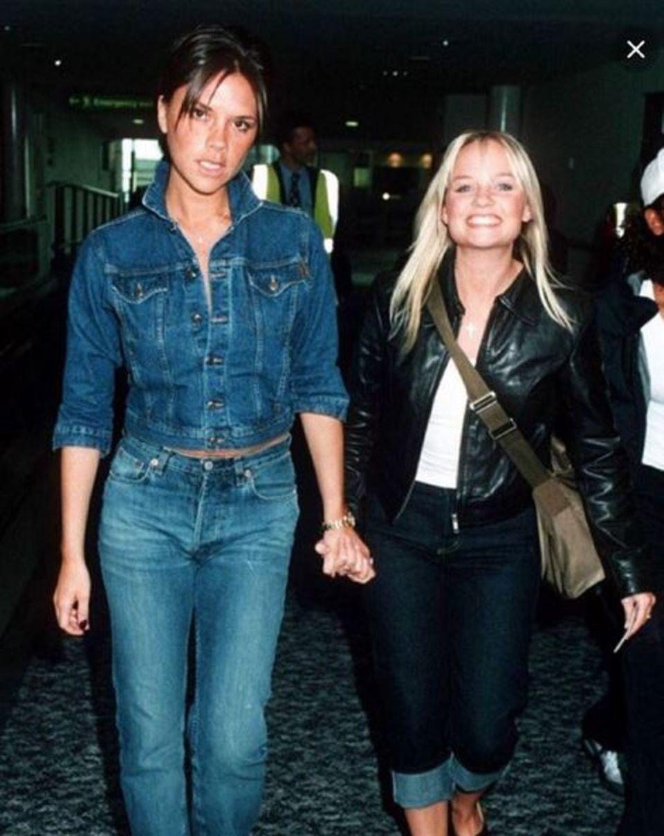 """Januar 2016  Victoria Beckham gratuliert Emma Bunton mit diesem Throwback-Foto aus """"Spice Girls""""-Zeiten zum Geburtstag."""
