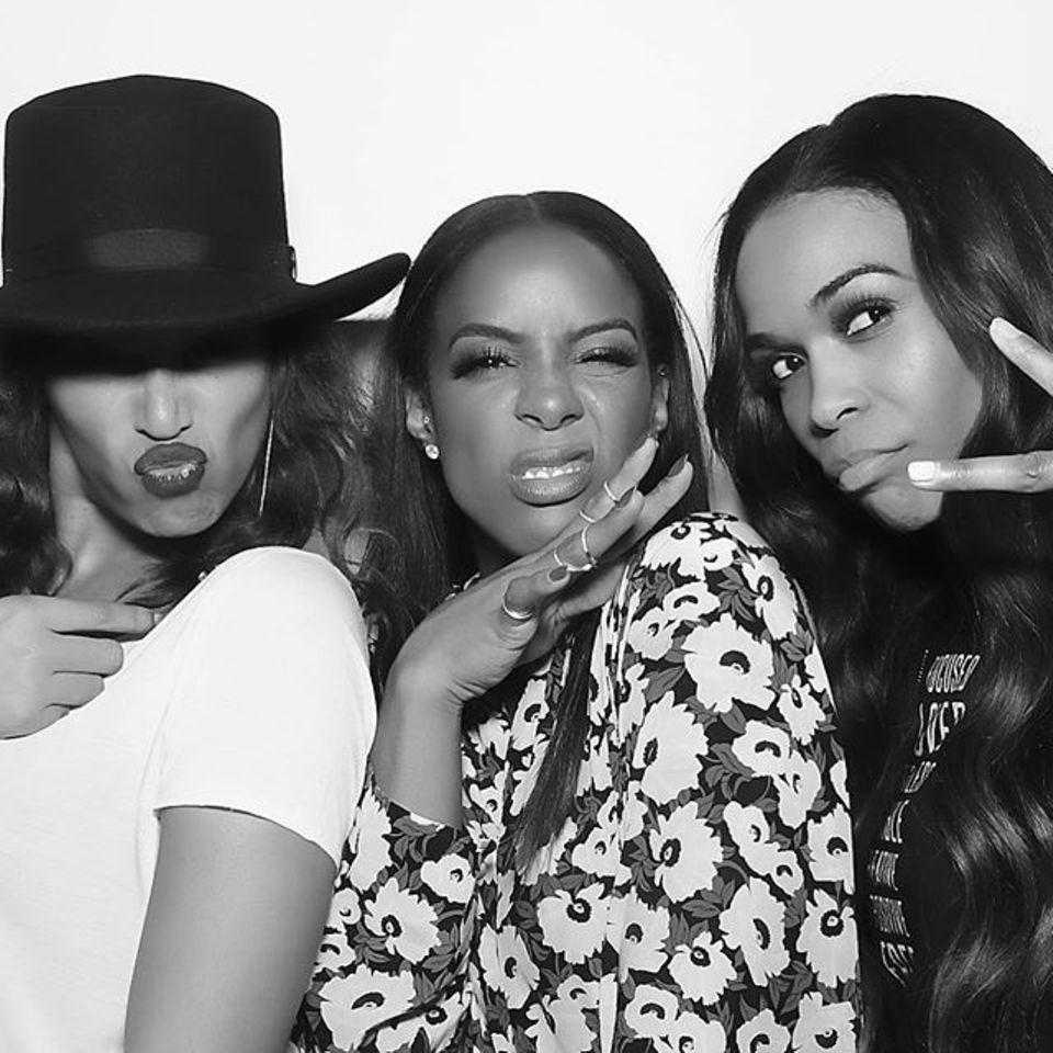 """Februar 2016  An ihrem 35. Geburtstag postet Kelly Rowland diesen Schnappschuss mit Beyoncé und Michelle Williams und befeuert damit erneut die Gerüchteküche: Gibt es etwa ein Comeback ihrer Girlgroup """"Destiny's CHild""""?"""