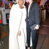 Musik trifft Mode passt auch hier perfekt! Mary J. Blige posiert mit 90er-Supermodel Amber Valetta.