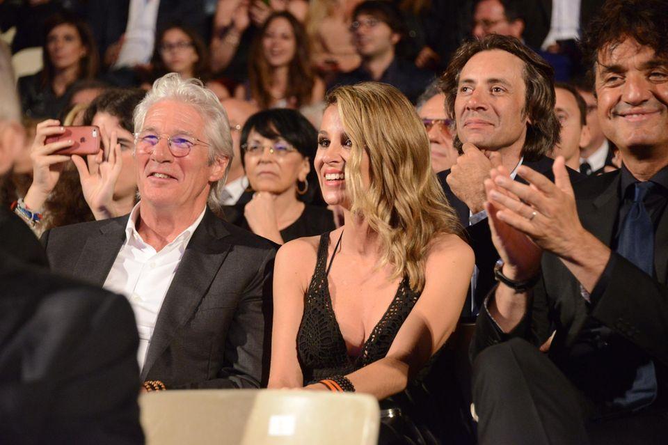 12. Juni 2016: Richard Gere besucht mit seiner jungen Freundin Alejandar Silva eine Veranstaltung in Italien.