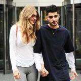 13. Juli 2016: Sie zeigen sich gerne gemeinsam. Mit einem Lächeln im Gesicht schlendern Gigi Hadid und ihr Freund Zayn Malik Hand in Hand durch New York.