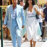 24. Juni 2016: Der Unternehmer Lapo Elkann und Shermine Shahrivar gehen Hand in Hand durch Portofino.