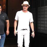 21 Juli 2016: Ganz in Weiß ist Schauspieler Brad Pitt in New York unterwegs.