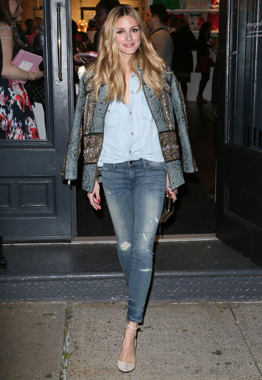 Olivia Palermo trägt eine Jacke von H&M. Das It-Girl aus New York weiß ganz genau, wie man günstige Teile super teuer aussehen lässt.