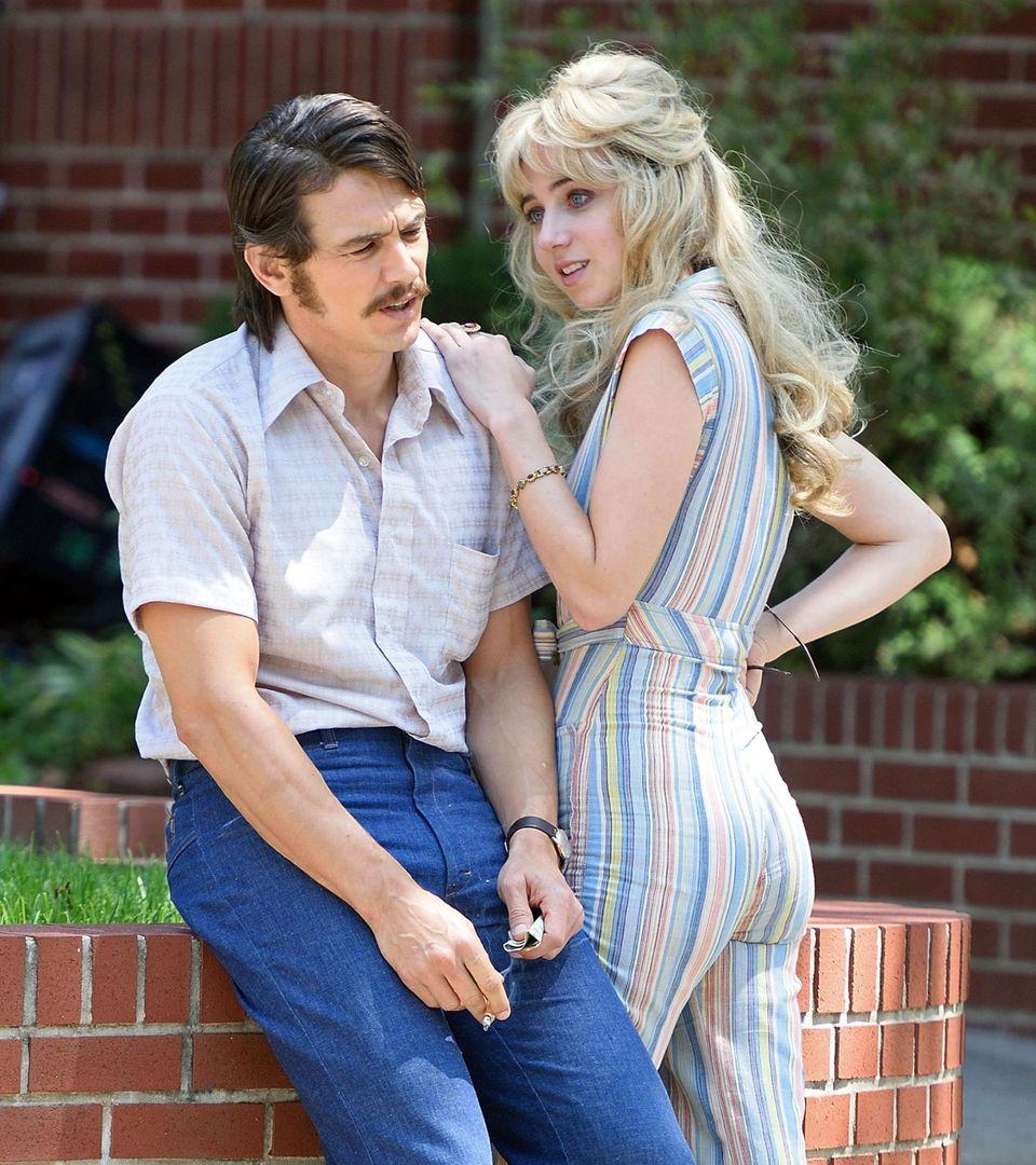 """20. Juli 2016: Gemeinsam stehen James Franco und Zoe Kazan für die HBO-Serie """"The Deuce"""" in New York City vor der Kamera."""