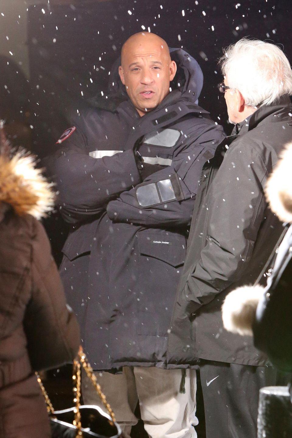 """16. Februar 2016: Vin Diesel trotzt den Temperaturen und steht für """"xXx 3: The Return Of Xander Cage"""" in Toronto vor der Kamera."""