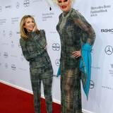 Ursula Karven und Olivia Jones sind das doppelte Lottchen der Riani-Show.