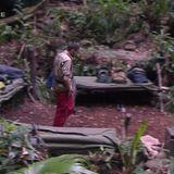 Menderes Bagci hat gerade erfahren, dass er Dschungelkönig geworden ist. Seine Reaktion: Er fängt an zu weinen! Awwwww.