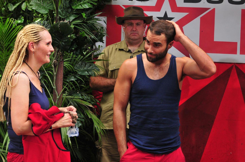 Ihre nächste Aufgabe - eine Tanzperformance in einem mit Schleim gefüllten Becken - lehnt Helena ab. Joker David Ortega springt ein.