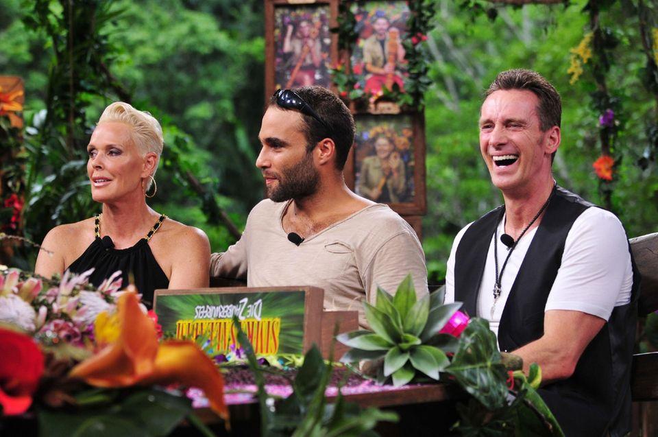 Brigitte Nielsen, David Ortega und Jürgen Milski lassen ihre Zeit im Camp Revue passieren