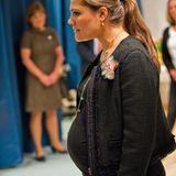 Babybauch Prinzessin Victoria  Victorias Babykugel ist nicht zu übersehen: Es sind noch vier Wochen bis zur Geburt ihres ersten Kindes, Prinzessin Estelle.