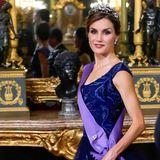 Sie heiratet Prinz Felipe von Spanien in zweiter Ehe am 22. Mai 2004 in Madrid. Mit der Thronbesteigung von Felipe am 19. Juni 2014 wird Letizia von der Kronprinzessin zur Königin Spaniens.
