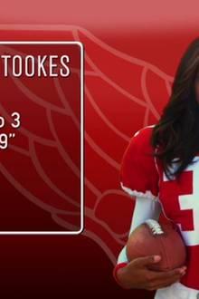 Adriana Lima: Auch die Nummer 32, Jasmine Tookes, sollte man nicht unterschätzen. Als Running Back beweist das Model: Sie ist voll am Ball!