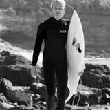 Die Liebe zu Natur und Sport teilt Marius mit seinem berühmten Stiefpapa, Kronprinz Haakon von Norwegen. Auf dem Surfbrett macht dem smarten Teenager aber niemand etwas vor.
