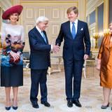 4. Juli 2016: Königin Máxima und König Willem-Alexander empfangen Präsident Prokopis Pavlopoulos von Griechenland und seine Ehefrau Vlasiá Pavlopoulou auf Schloss Noordeinde in Den Haag.