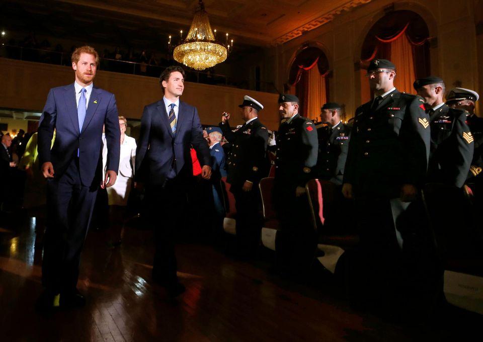 2. Mai 2016: Prinz Harry wird von Kanadas Premier Justin Trudeau in Ontario empfangen.