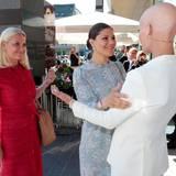 13. Juni 2016: Prinzessin Mette-Marit von Norwegen und Prinzessin Victoria von Schweden sind gemeinsam bei der EAT-Konferenz des Stockholm Food Forums zu Gast.