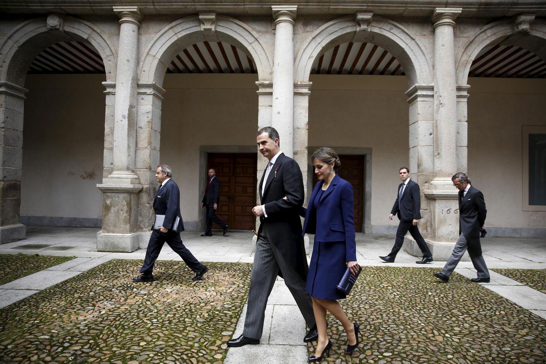 """23. April 2016: König Felipe und Königin Letizia besuchen die Universität von Alcala de Henares bei Madrid, um dem mexikanischen Schriftsteller Fernando del Paso den """"Premio Cervantes""""-Litertaurpreis zu verleihen."""