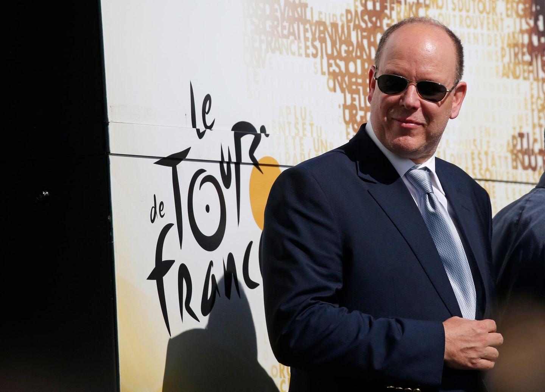 2. Juli 2016: Als Sportfan besucht Fürst Albert erste Etappe der Tour de France, die von Mont Saint-Michel nach Utah Beach Sainte-Marie-du-Mont führt.
