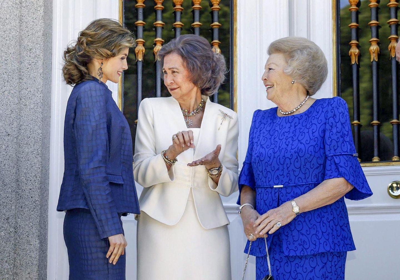 30. Mai 2016: Prinzessin Beatrix wird in Spanien von Königin Letizia und Königin Sofia herzlich in Empfang genommen.