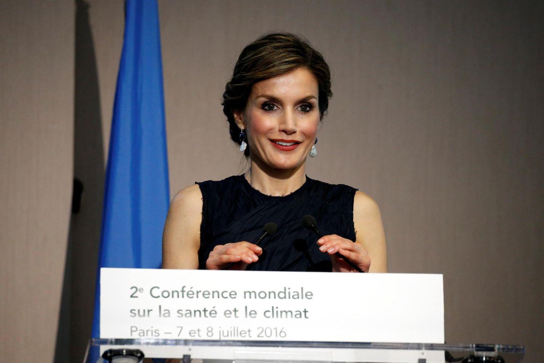 """7. Juli 2016: Königin Letizia hält eine Rede auf der """"WHO Second Global Conference on Health and Climate"""" in Paris."""