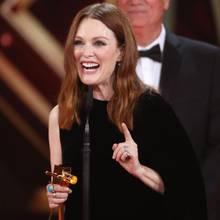 """Julianne Moore, die im vergangenen Jahr in dem Alzheimer-Drama """"Still Alice"""" brillierte, wird als beste internationale Schauspielerin ausgezeichnet."""