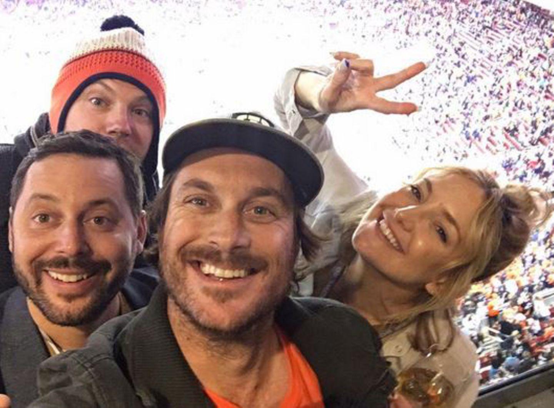 """Das Daumen drücken für die """"Broncos"""" hat sich für Kate Hudson gelohnt."""