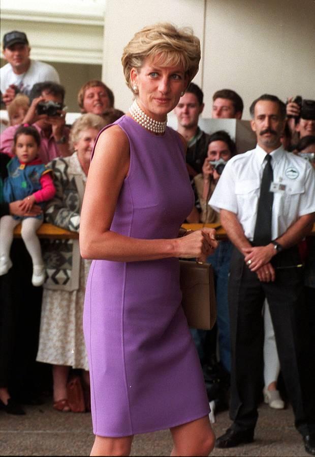 Fashion-Looks: Fotos der schönsten Kleider von Lady Diana | GALA.de
