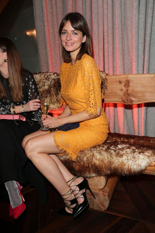 Model Eva Padberg brachte mit ihrem gelben Kleid Farbe in den Abend.