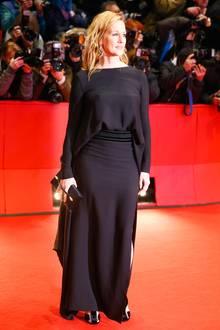 """Schwarz und schlicht geht zwar immer, aber für die """"Genius""""-Premiere hätte sich Laura Linney ruhig etwas Glamouröseres aussuchen können."""