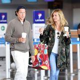 Juni 2016   Ein ganz normales Paar: Mit Kaffee in der Hand und etwas mitgenommen von der Reise, kommen Heidi Klum und ihr Freund Vito Schnabel am Flughafen in New York an.
