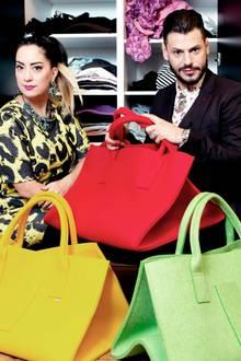 """Das Stylisten-Duo aus """"Schrankalarm"""", Miyabi Kawai und Manuel Cortez, ist auch privat ein Paar. Zum Valentinstag möchten sich die beiden Zeit schenken - """"Ohne Arbeit, nur We-Time. In Form einer Reise nach Dubai, 14 Tage Wüste Luxus, Wellness und Zeit zu zweit."""""""
