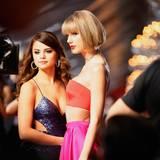 Die Freundinnen Selena Gomez und Taylor Swift feiern an diesem Abend gemeinsam.