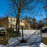 Das hübsche Prinzenpaar residiert in der Villa Solbacken, die Carl Philip geerbt hat.