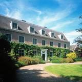Eine weitere Residenz des niederländischen Königspaares ist die Villa Eikenhorst in Wassenaar, ebenso nördlich von Den Haag.