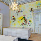 Die Küche für die Bediensteten ist fröhlich hell, gespickt mit Tiermotiven, und wurde von der Künsterlin Kathrine Ærtebjerg gestaltet.