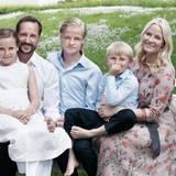 Prinz Haakon und Prinzessin Mette-Marit mit ihren Kindern Prinzessin Ingrid Alexandra, Marius Borg Høiby und Prinz Sverre Magnus